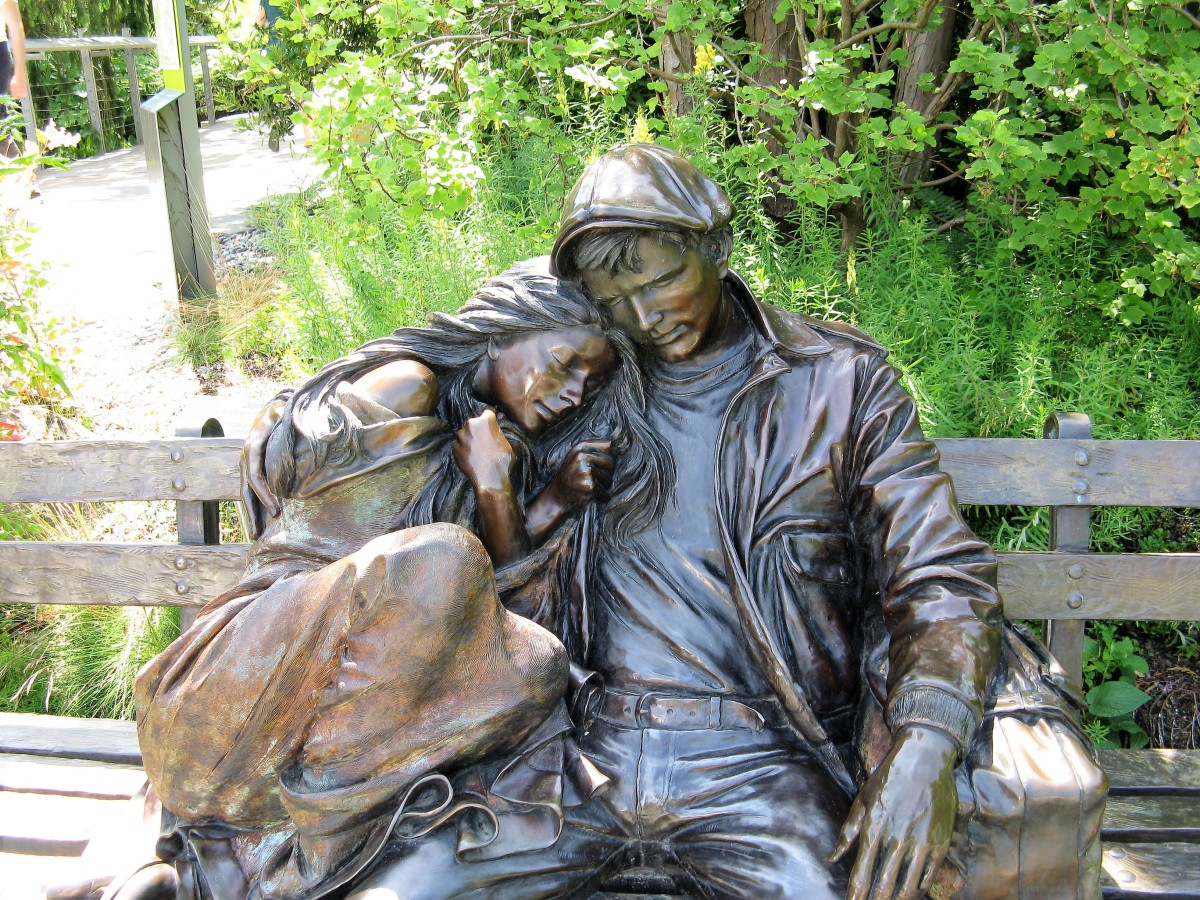 "The ""Departure"" sculpture by George Lundeen"
