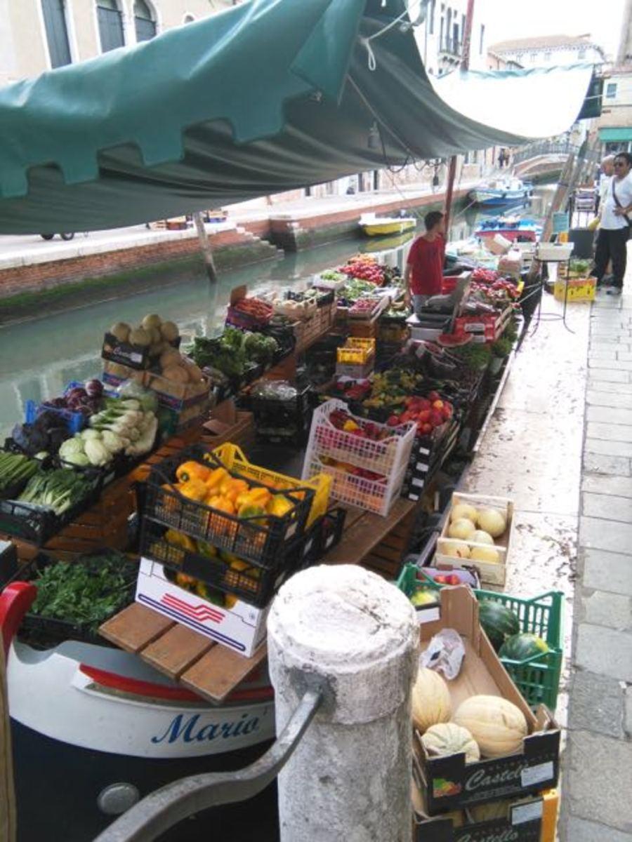 A floating Venetian market (c) A. Harrison