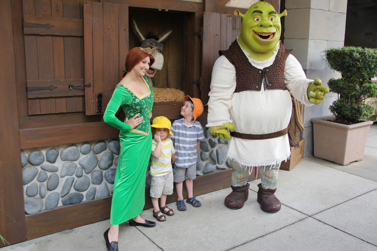 Meeting Shrek and Princess Fiona.
