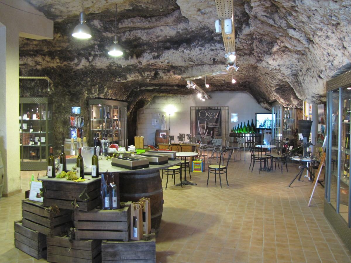 Montlouis Wine Cave