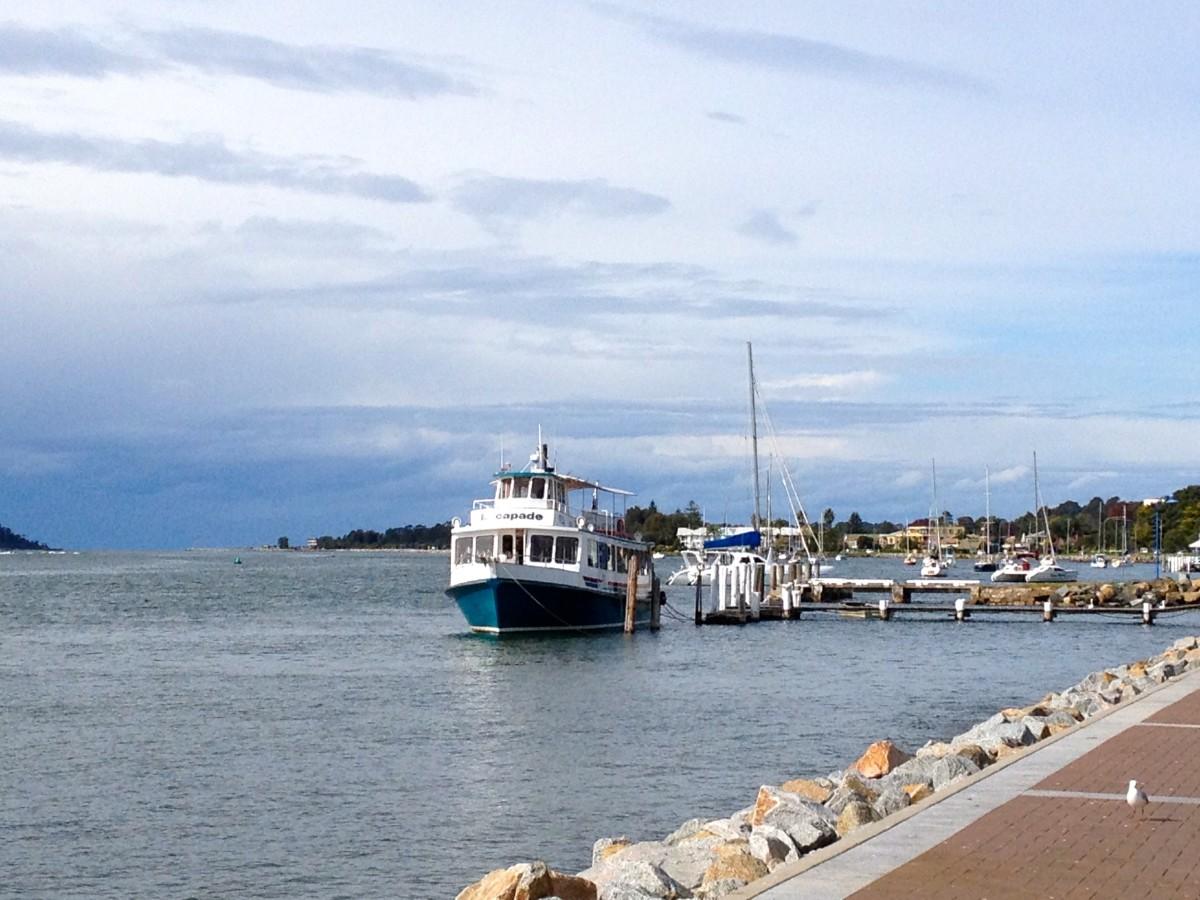 The sea port of Bateman's Bay (c) A Harrison