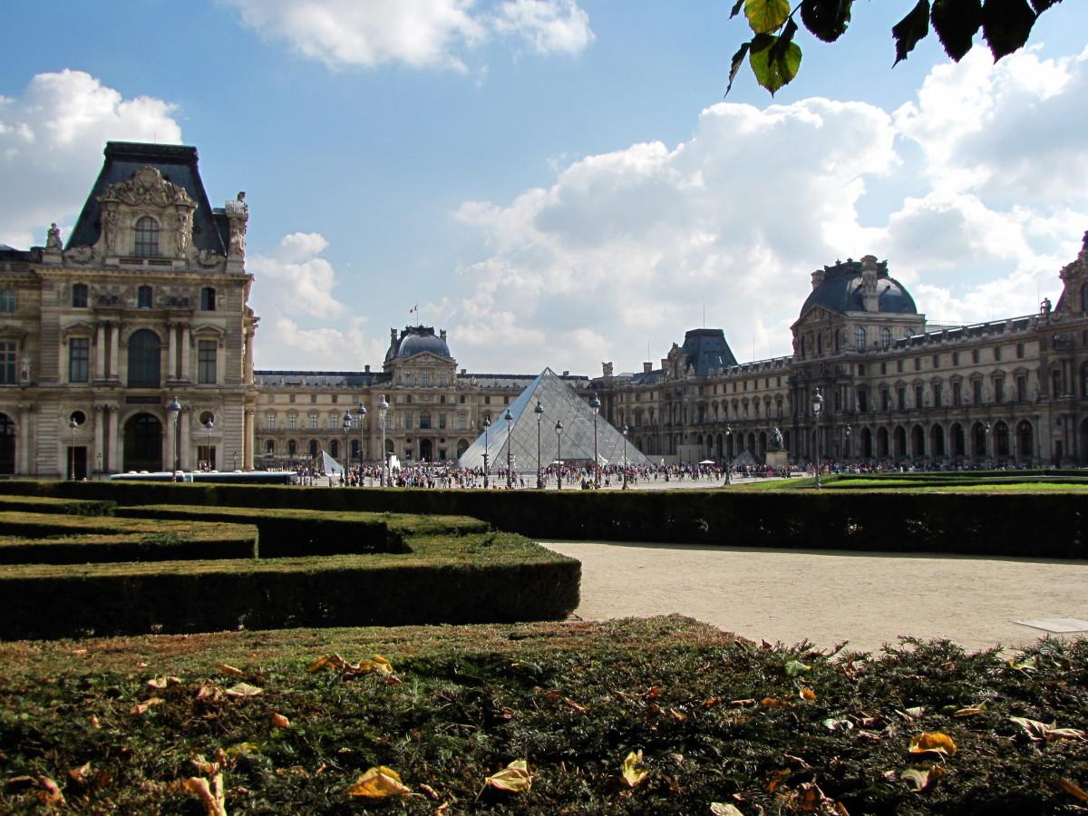 The Louve Museum