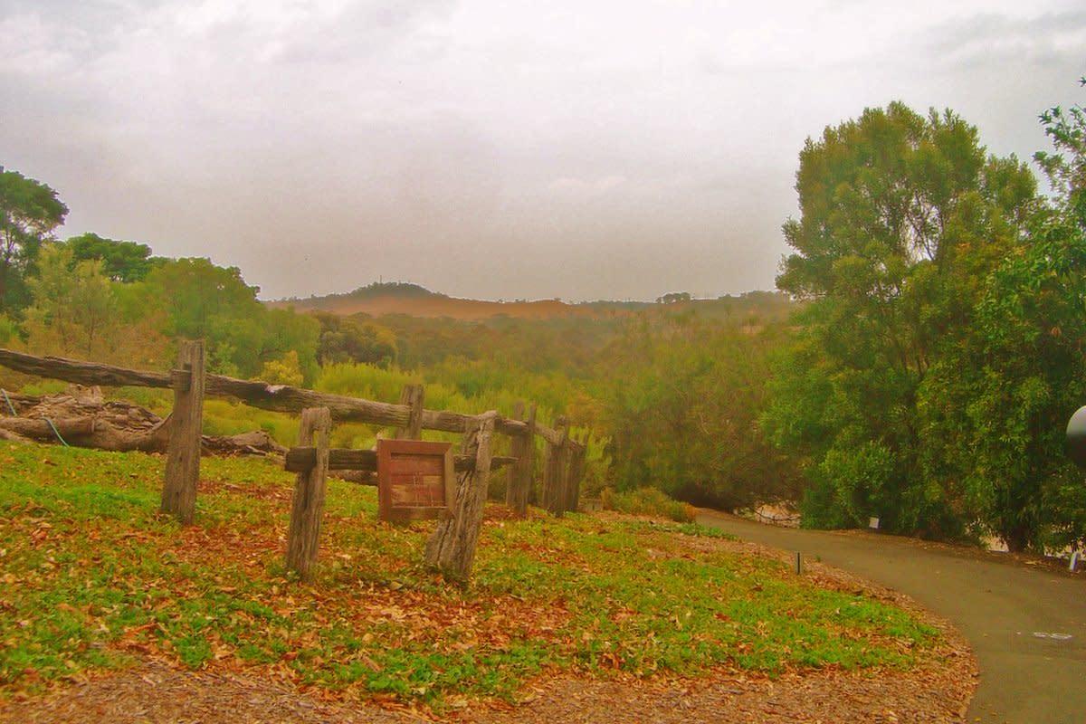 Mount Annan Botanic Gardens, Mount Annan