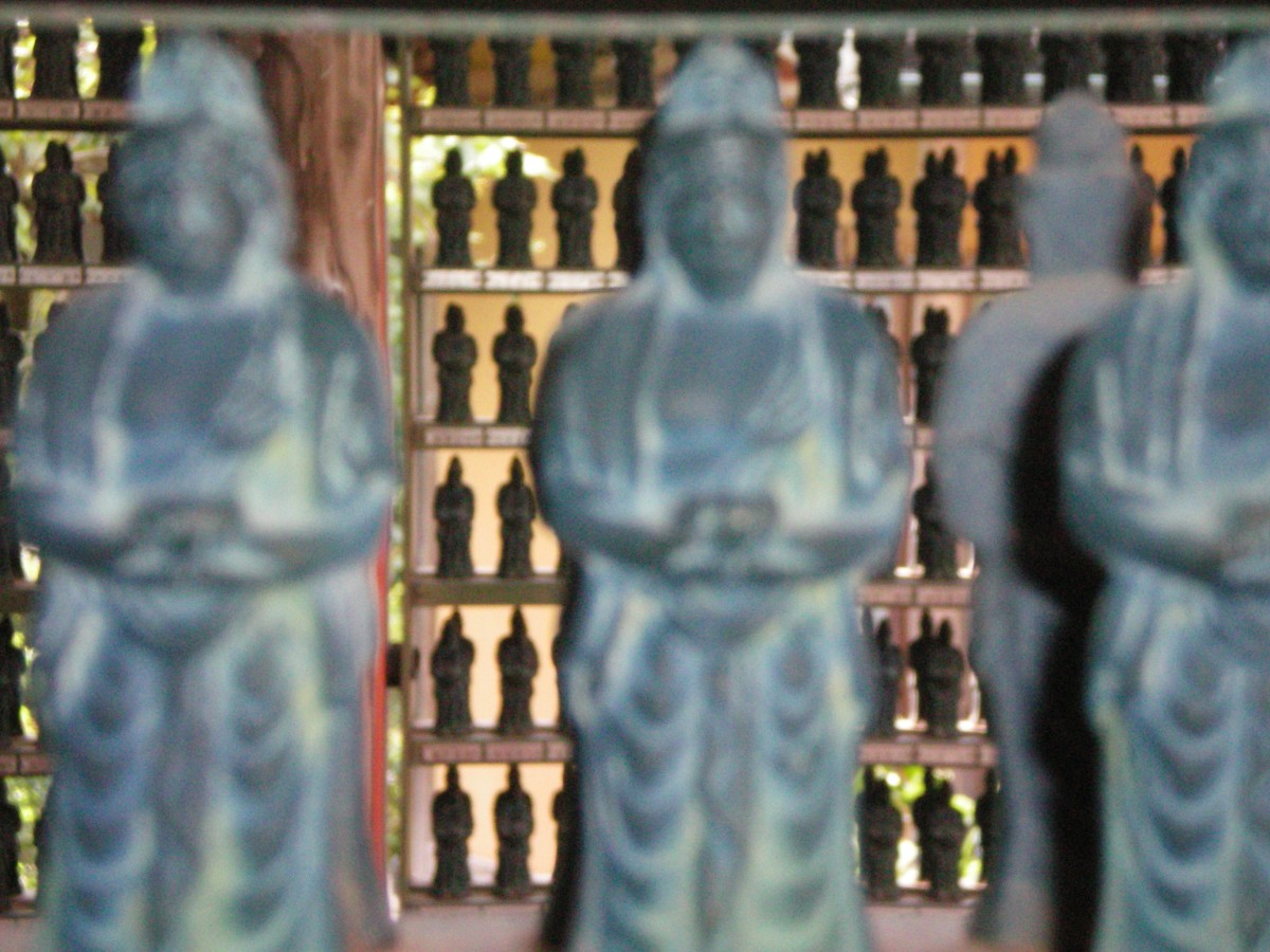 Donnated Kannon statues, Ohara (c) A. Harrison