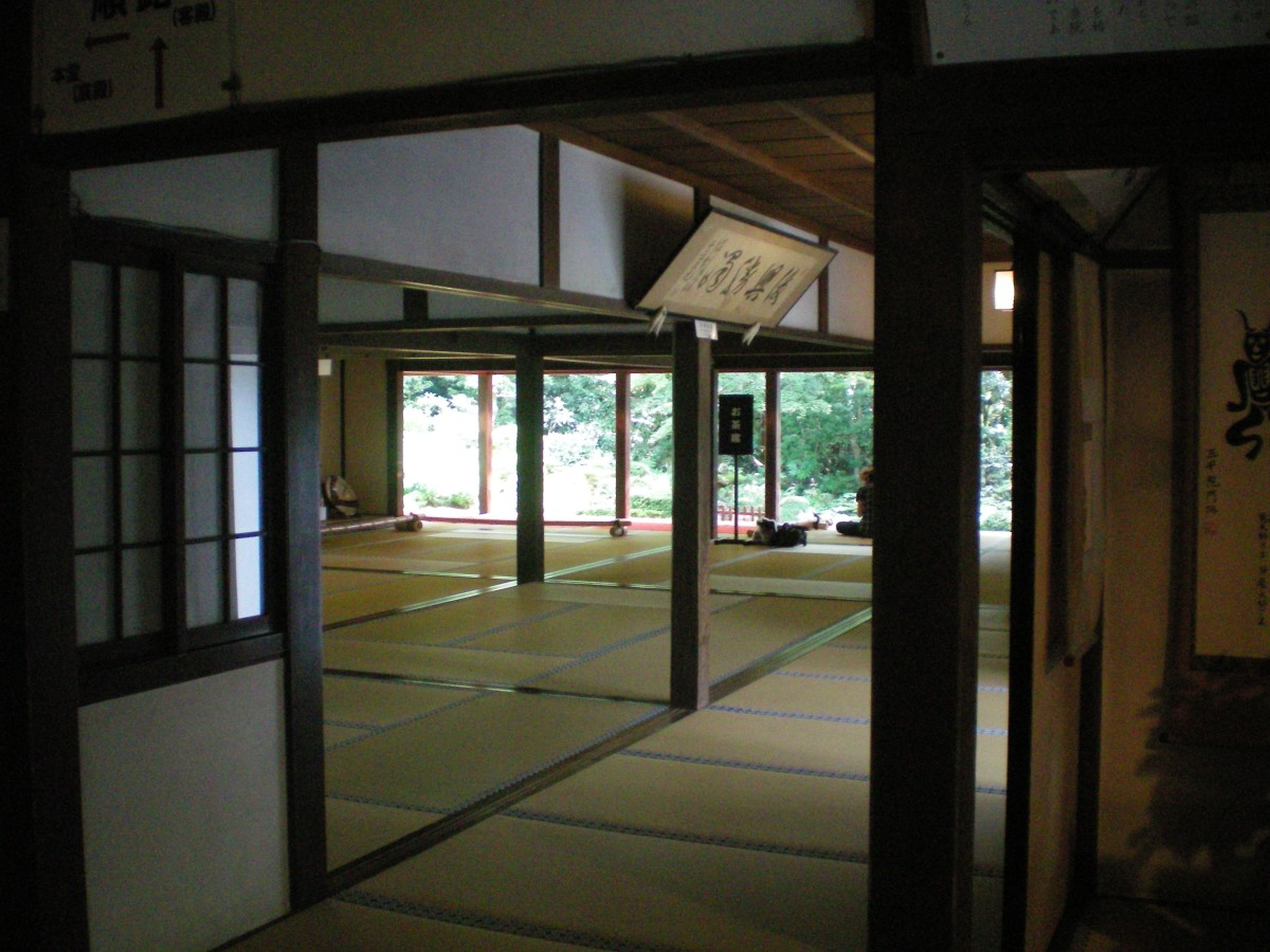 Rooms in Sanzenin Temple, Ohara (c) A.Harrsion