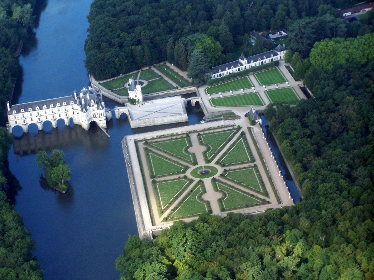 Aerial View of Chateau Chenonceau