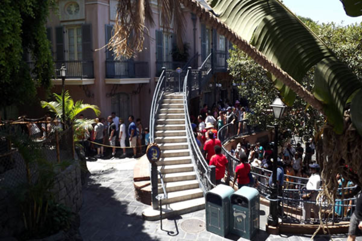 The queue for Pirates of the Caribbean in Disneyland