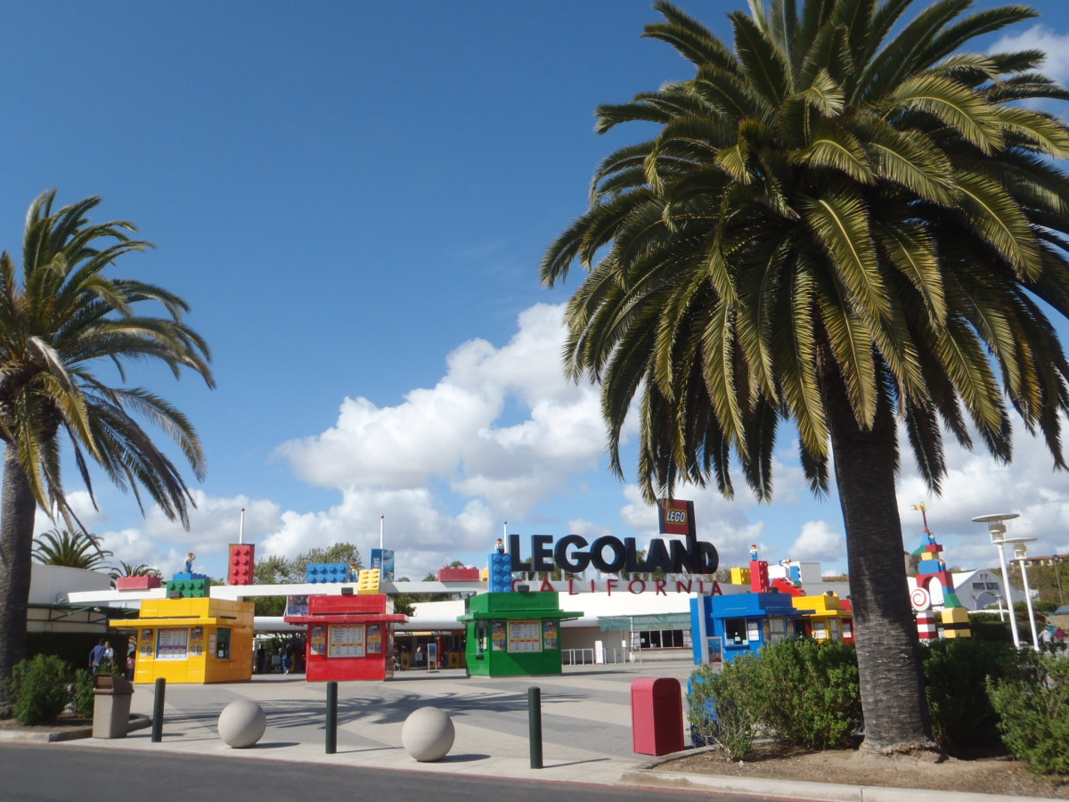 Entrance to Legoland.