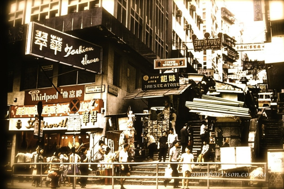 Parts of Hong Kong have changed little with the passing years (c) A. Harrison