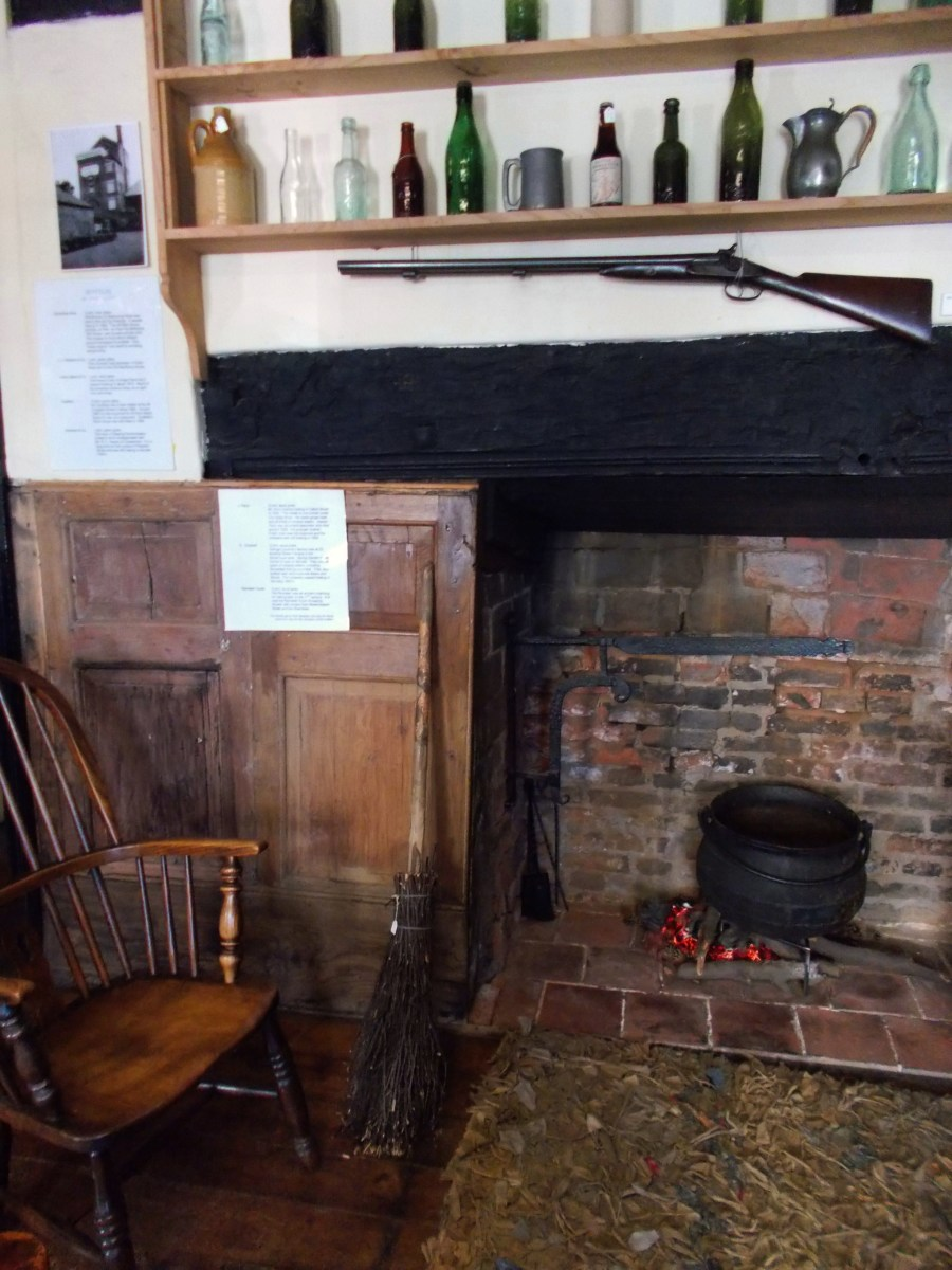 The Tavern Room, with contents relevant to the time that Tudor House was known as The Cross Keys tavern.