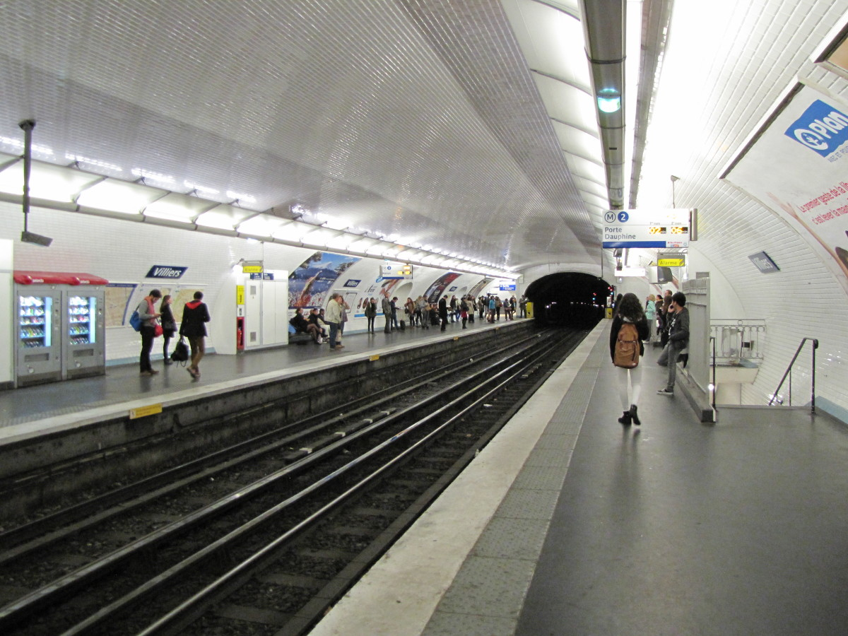 Metro Station - Clean and well lite