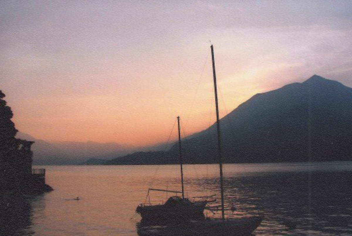 peaceful sunset in Varenna