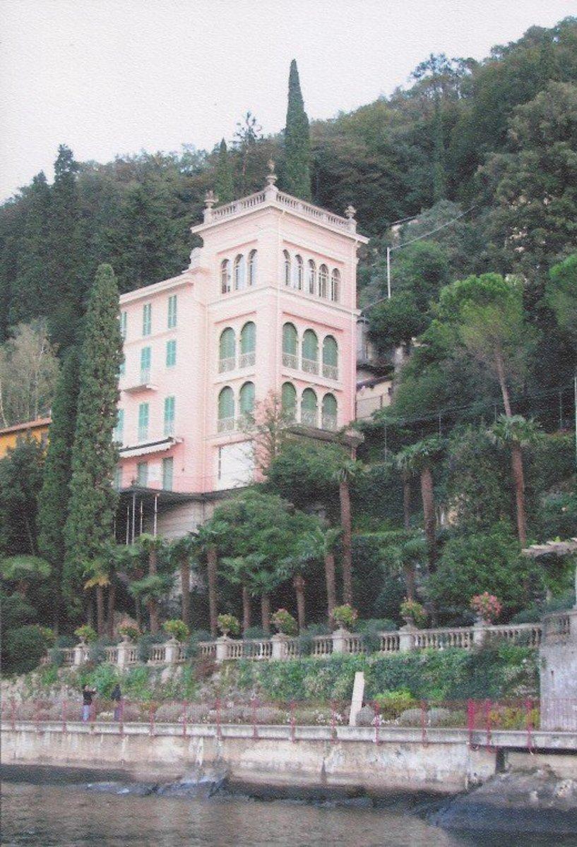 The passerella of Varenna