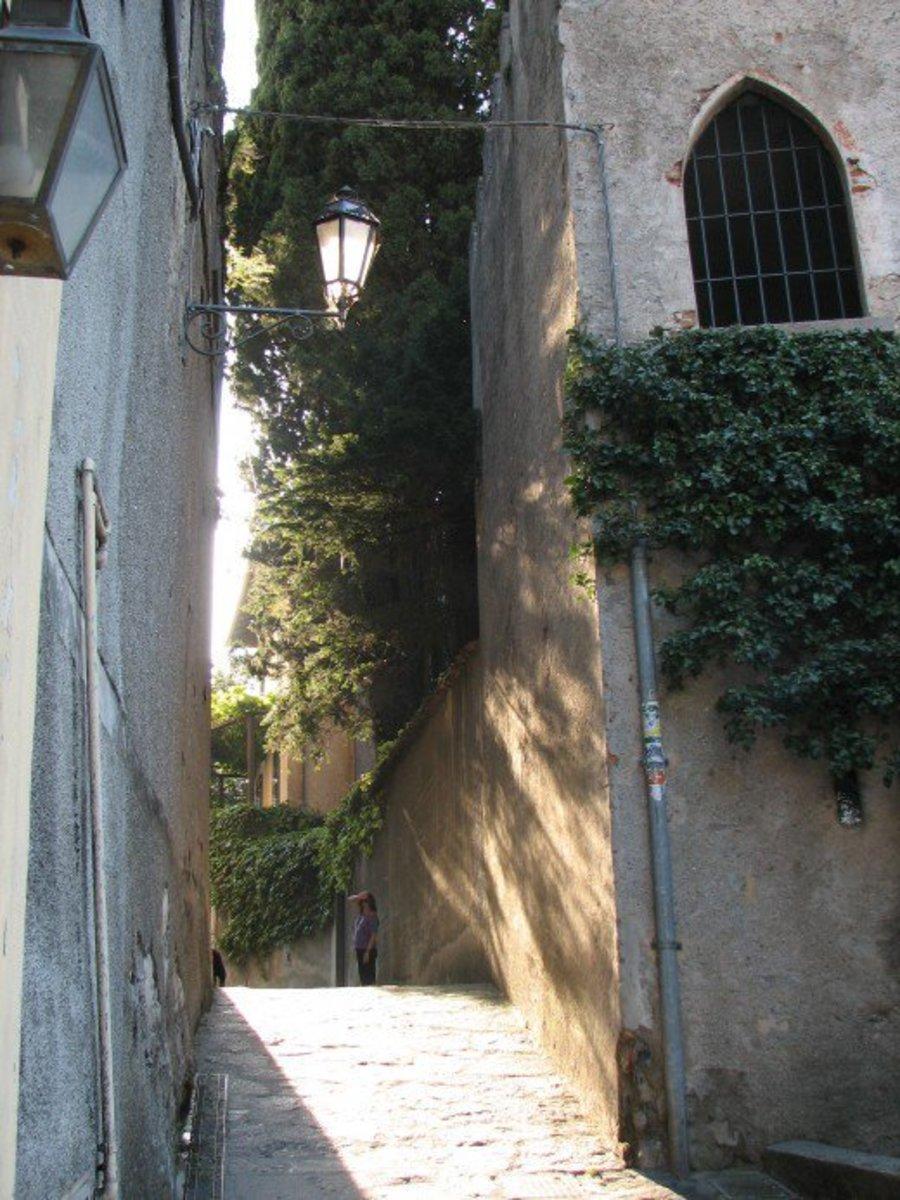 Menaggio street scene