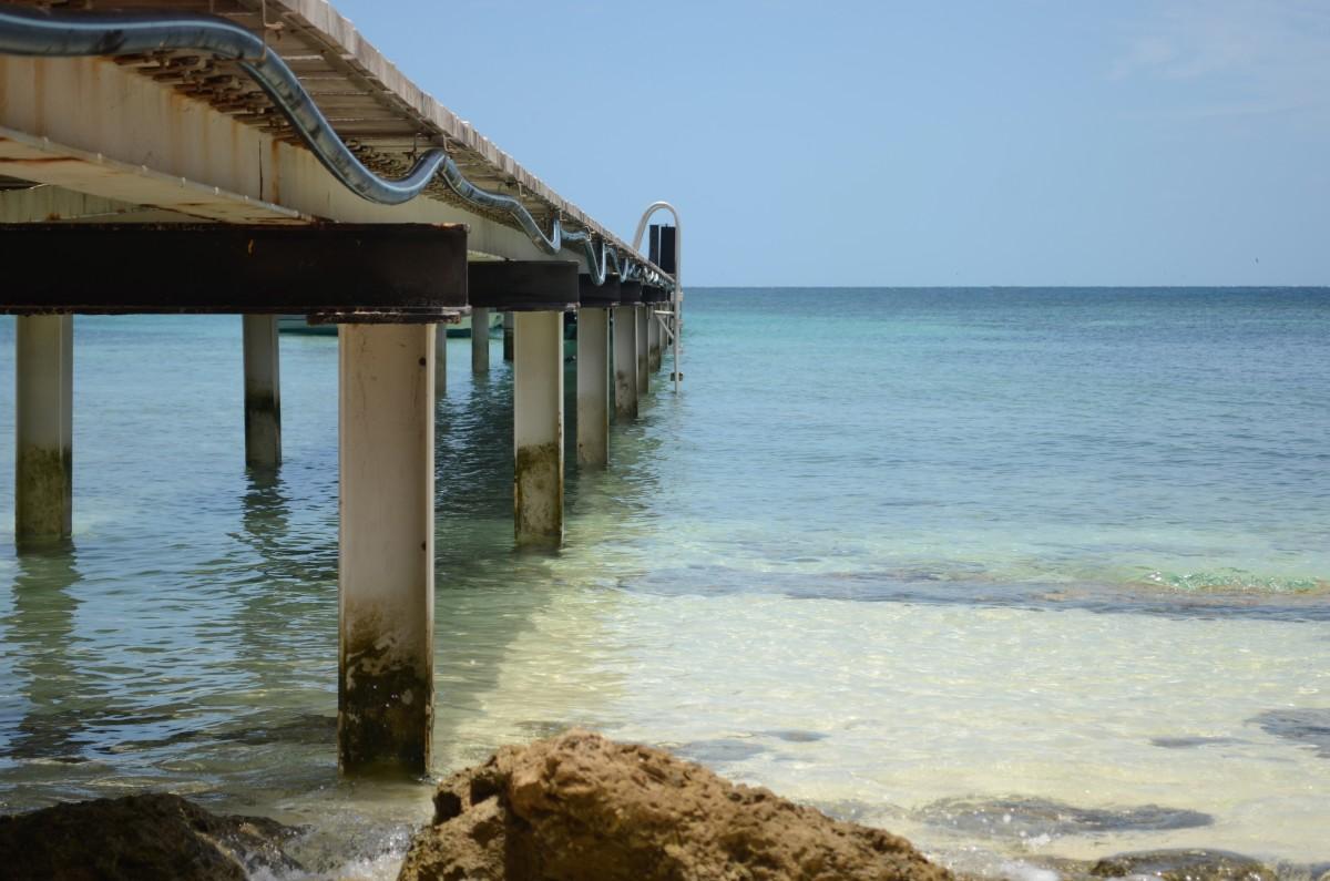 The beautiful waters of Amedee Island (c) A. Harrison
