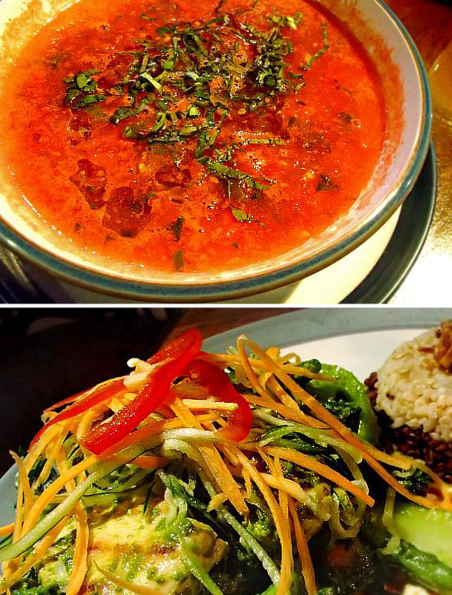 Top: Balinese Tomato Soup at Sari Organik. Bottom: Sautéed veggies with ayam (chicken)and coconut rice.