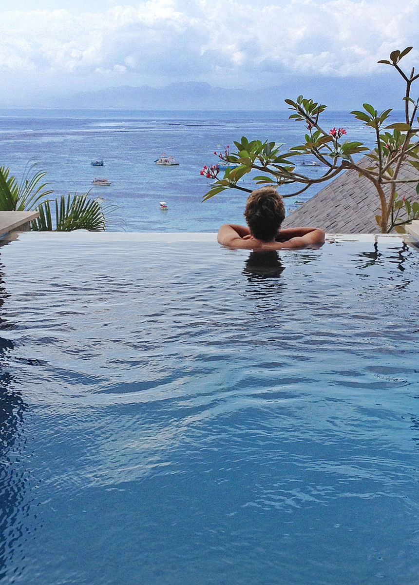 Each of the 5 villas at Lembongan Sanctuary has its own private pool with a view.