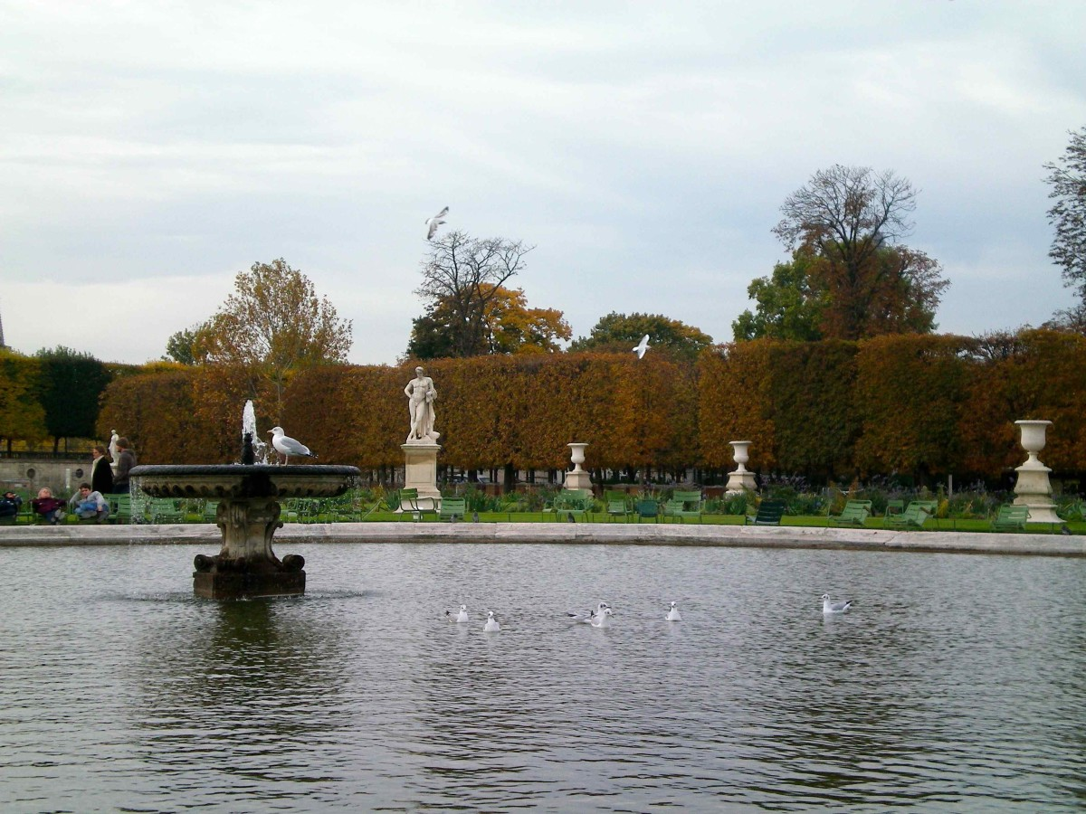 Paris is renown for her public gardens (c) A. Harrison