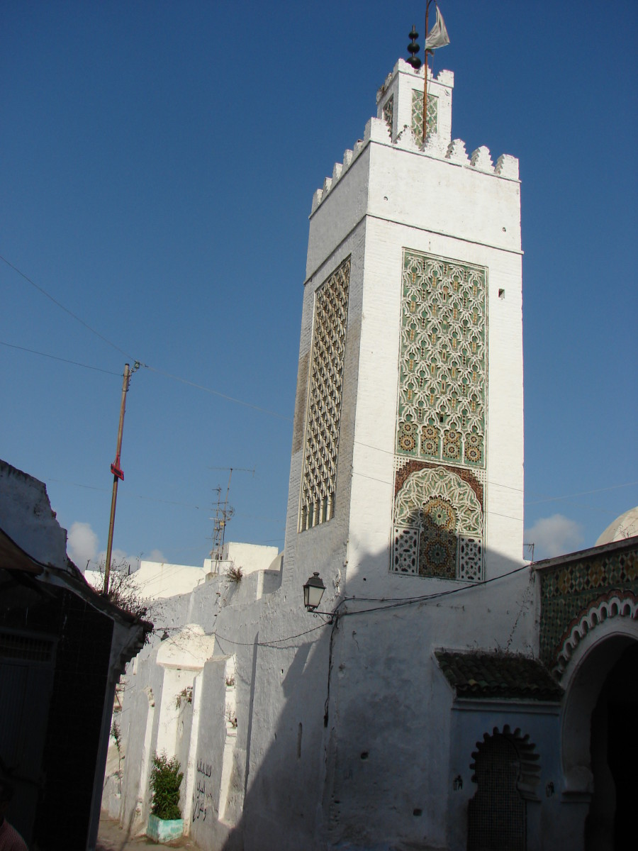 A tour of Tetouan will give you an opportunity to see many beautiful mosques