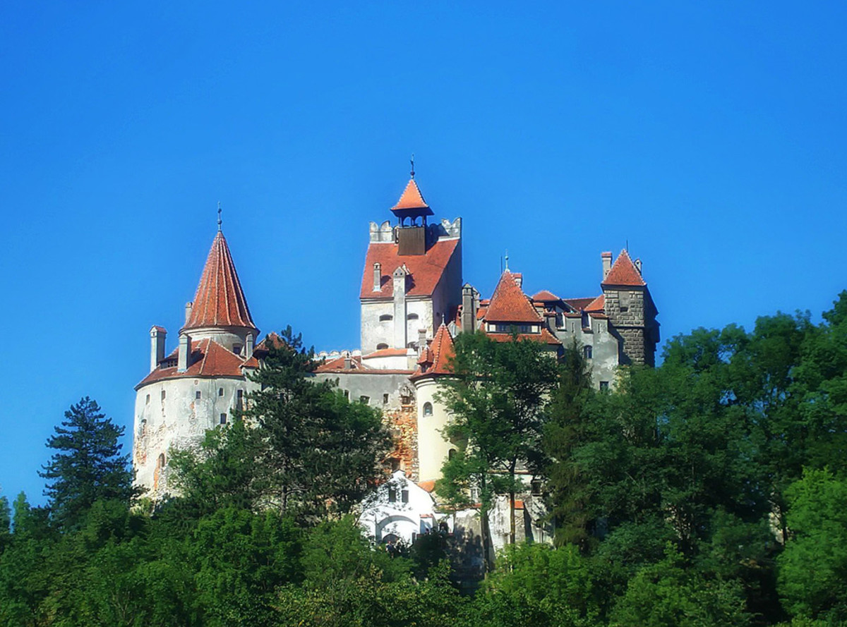 Bran Castle, more popularly known as Dracula's castle, tops the list when it comes to must-visit locations for Castlevania fans!