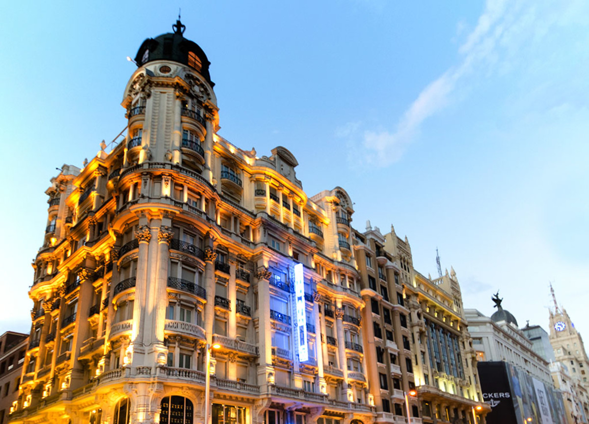 """Madrid's gorgeous architecture will be familiar to """"Lords of Shadow 2"""" players."""