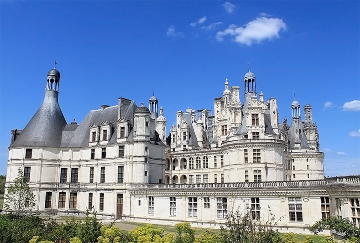 Chateau Chambord, the most famous European castle of the Loire Valley.
