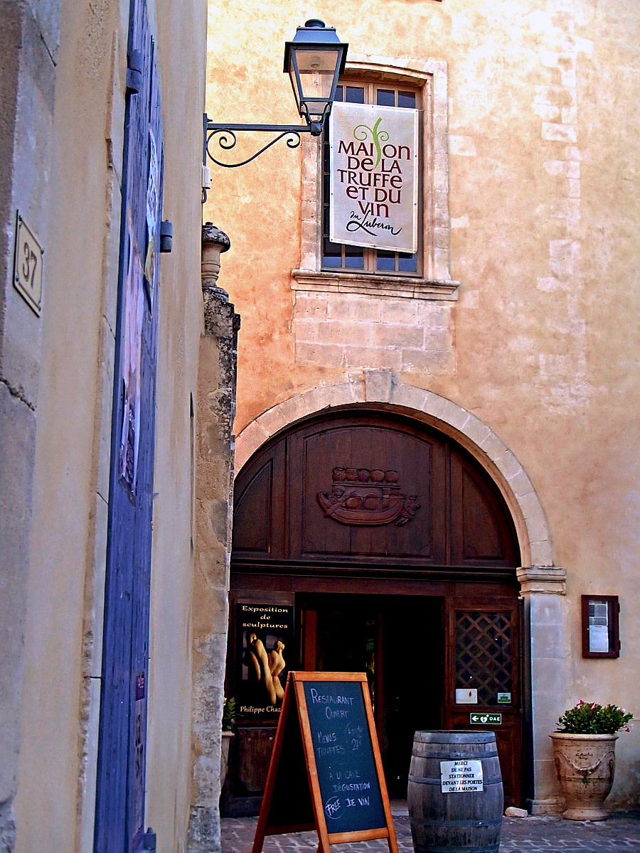 House of Truffle and Wine in Menerbes.