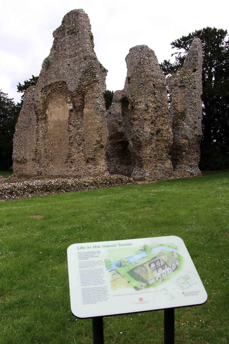 All English Heritage sites are accompanied by good information boards.
