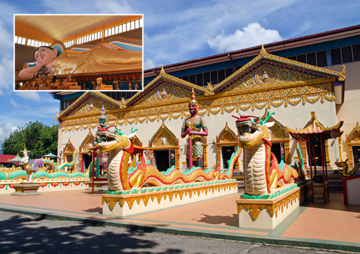 Wat Chaiyamangalaram has one of the largest indoor reclining Buddhas in Asia. And gives you a taste of Thailand in Malaysia.