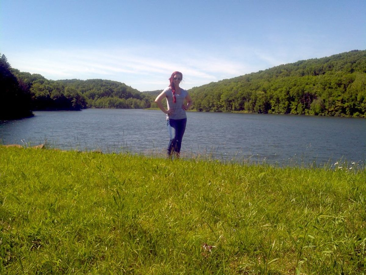 Me, standing in front of Roosevelt Lake at Shawnee State Park.