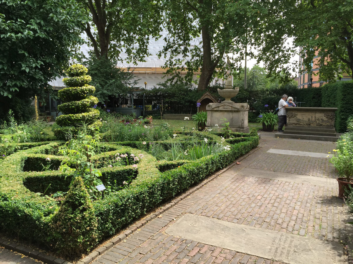 Part of the Garden Museum showing the recreation of a 17th century knot garden and some of the tombs.