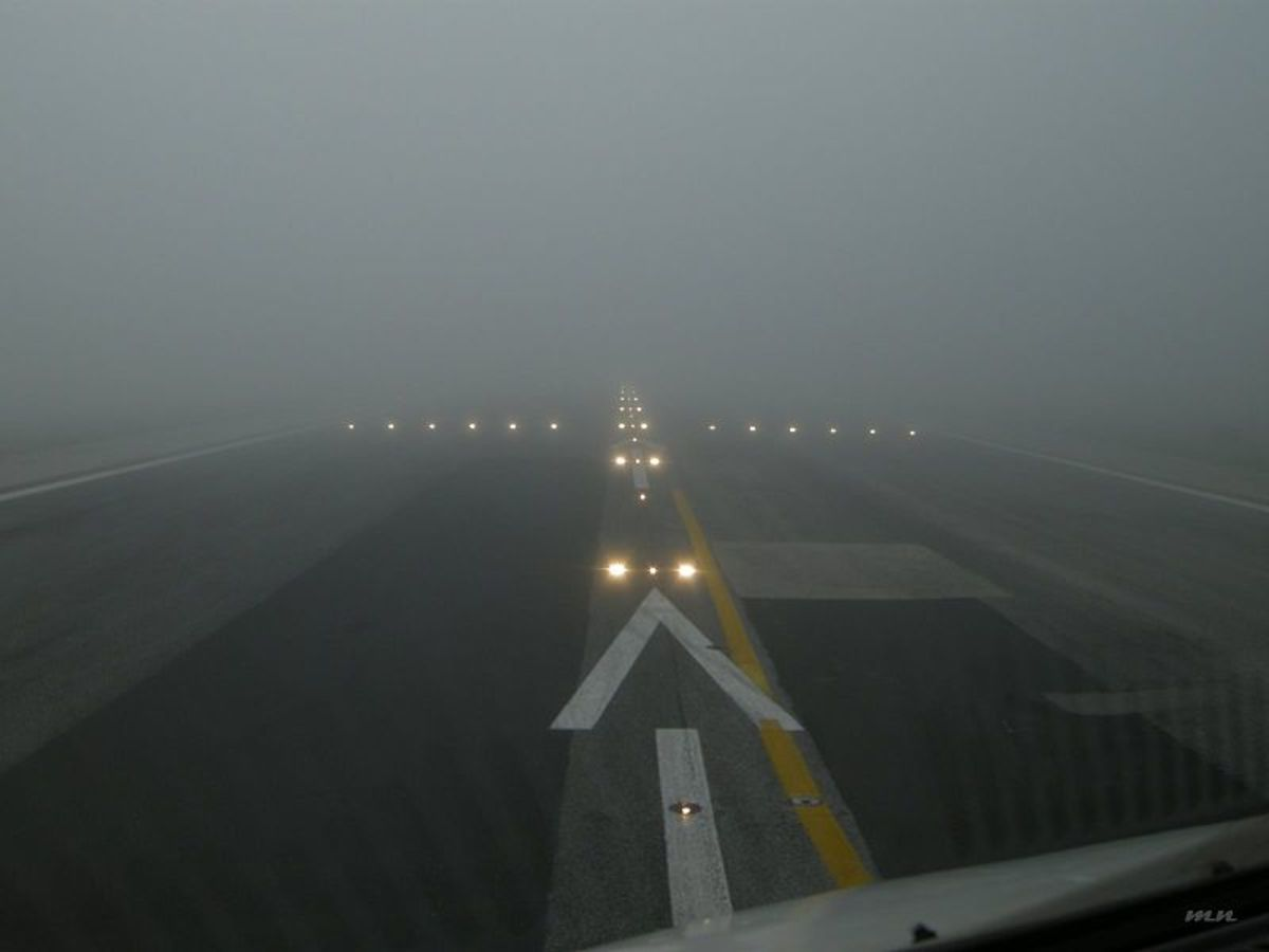 Pilot's Eye View: Ready For Takeoff In Very Low Visibility Conditions