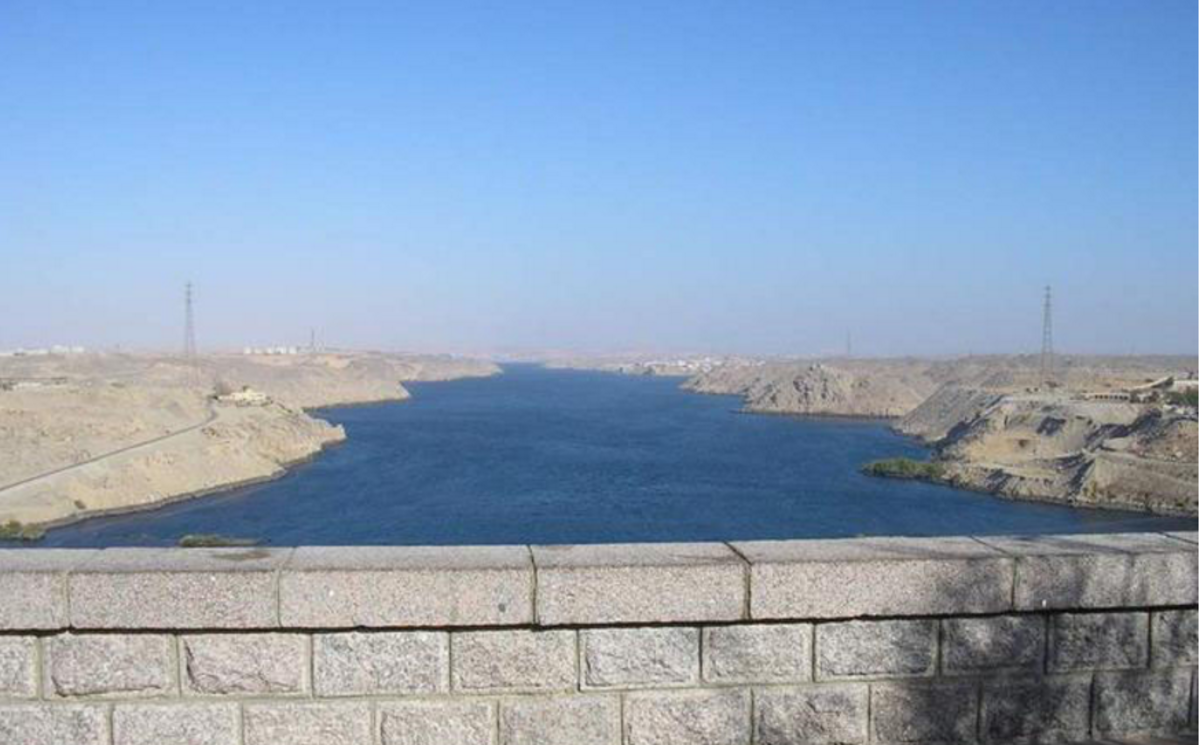 The Sahara Desert surrounds the Aswan Dam (which is the largest dam on earth).