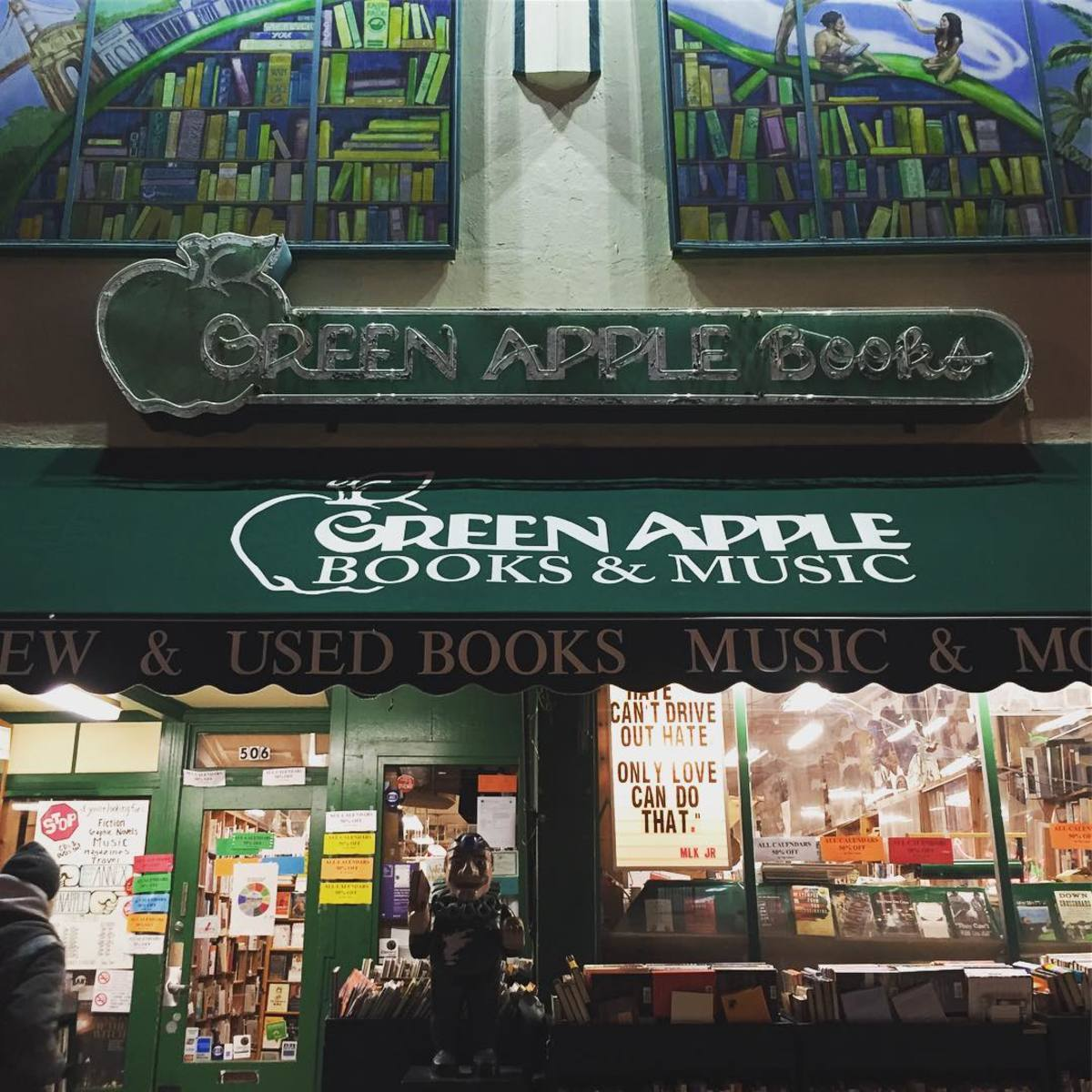 Store front of Green Apple Books in San Francisco