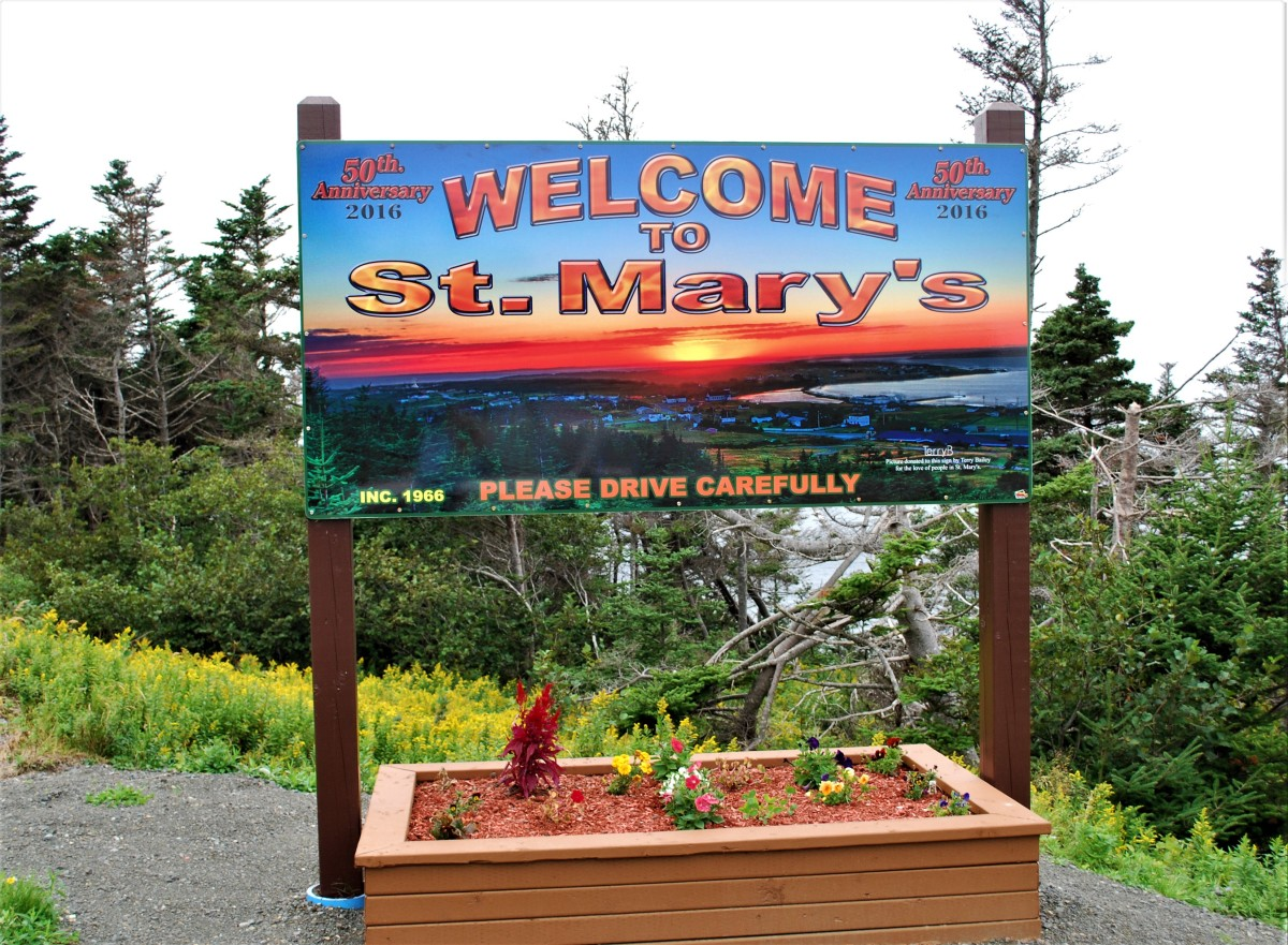 Roadside sign welcoming visitors to the town of St. Mary's.