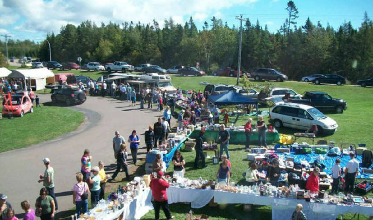 Market Stalls Along the Route of the 70 Mile Yard Sale