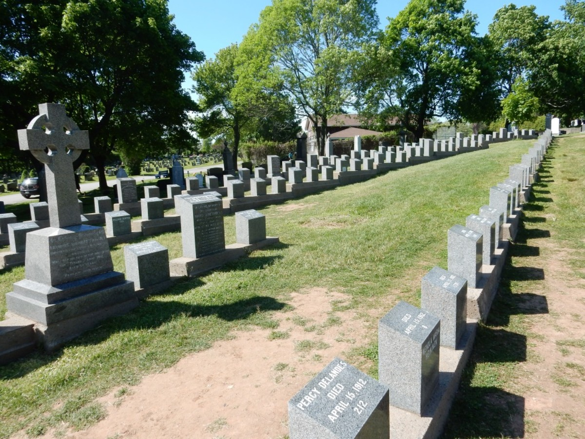 Graves of Titanic Victims, Fairview Lawn Cemetery, Halifax, Nova Scotia
