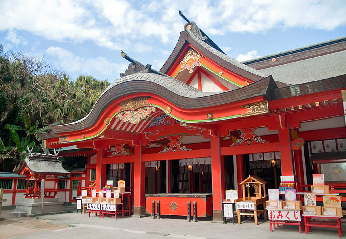 The distinctive colors and architecture of Shinto shrines.