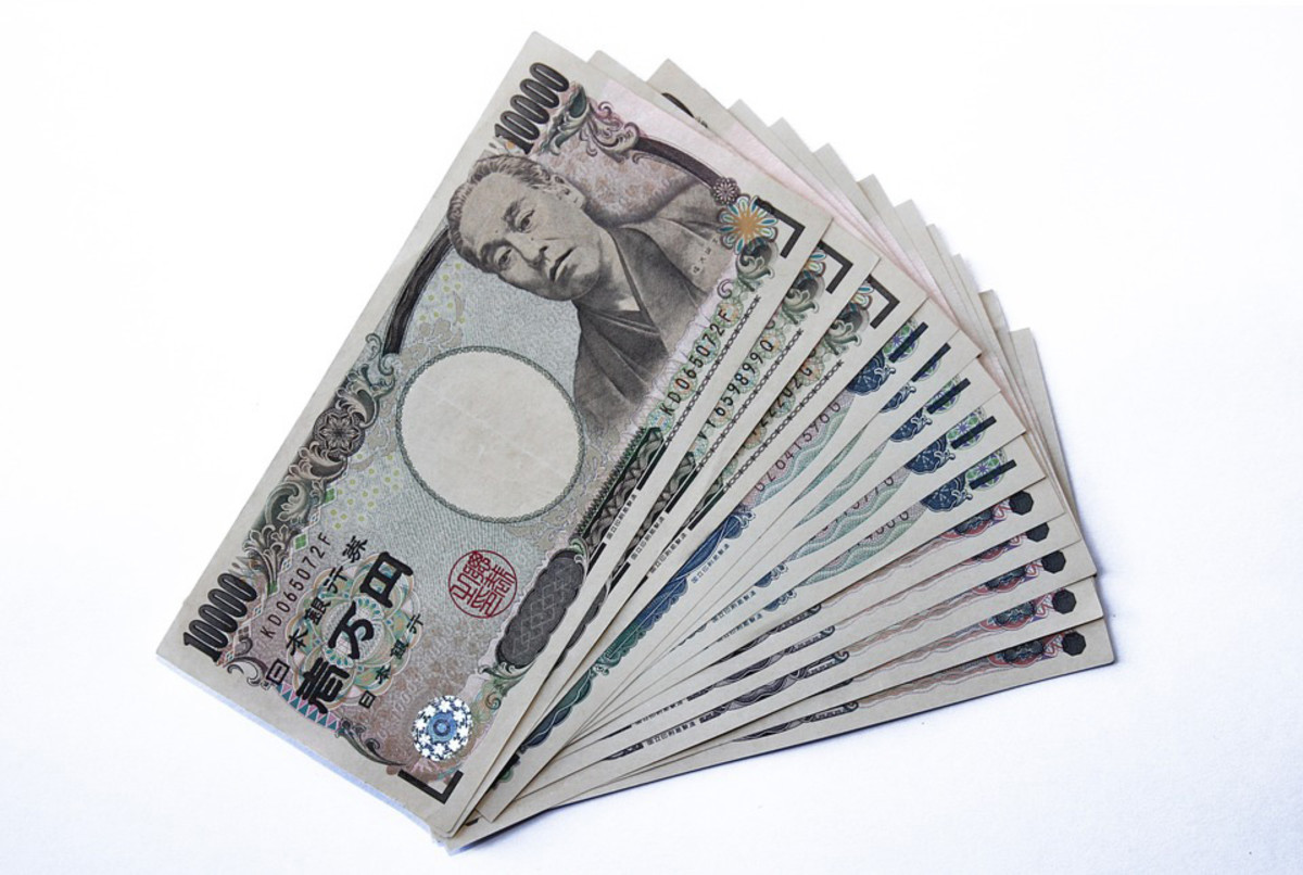 On the positive side, Japan's overall safety means it's not an issue carrying large amounts of cash around, even when traveling alone.
