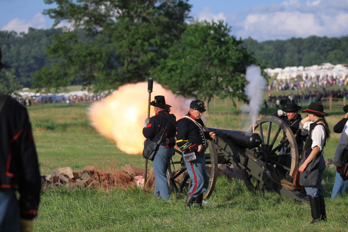 Re-enactors in July....notice the crowds in the distance.
