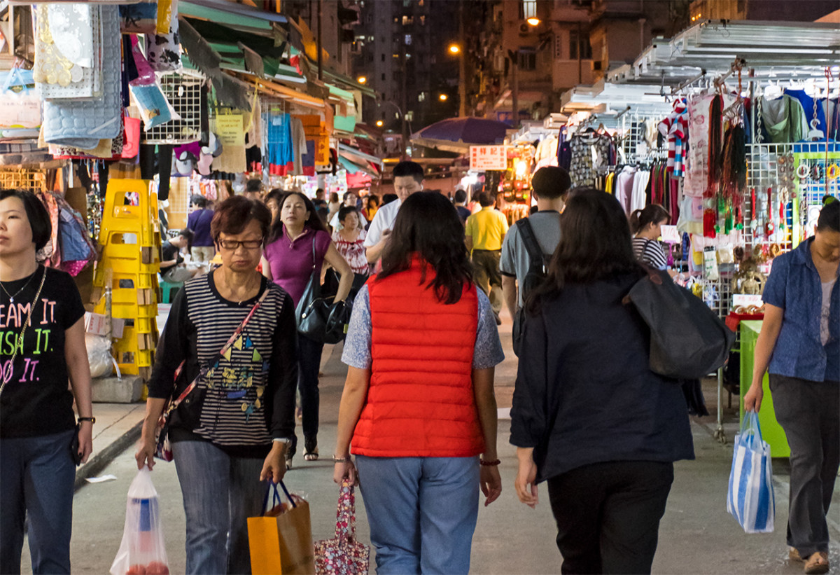 Chun Yeung Street is a short walk away from North Point MTR station. This is Marble Road, which is itself lined with budget clothing stalls.