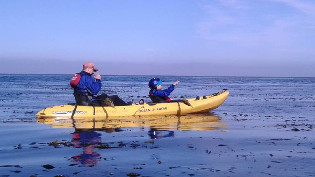 A double kayak is an excellent choice when kayaking with children. If they fatigue, they can continue to enjoy the excursion while the adult paddles.