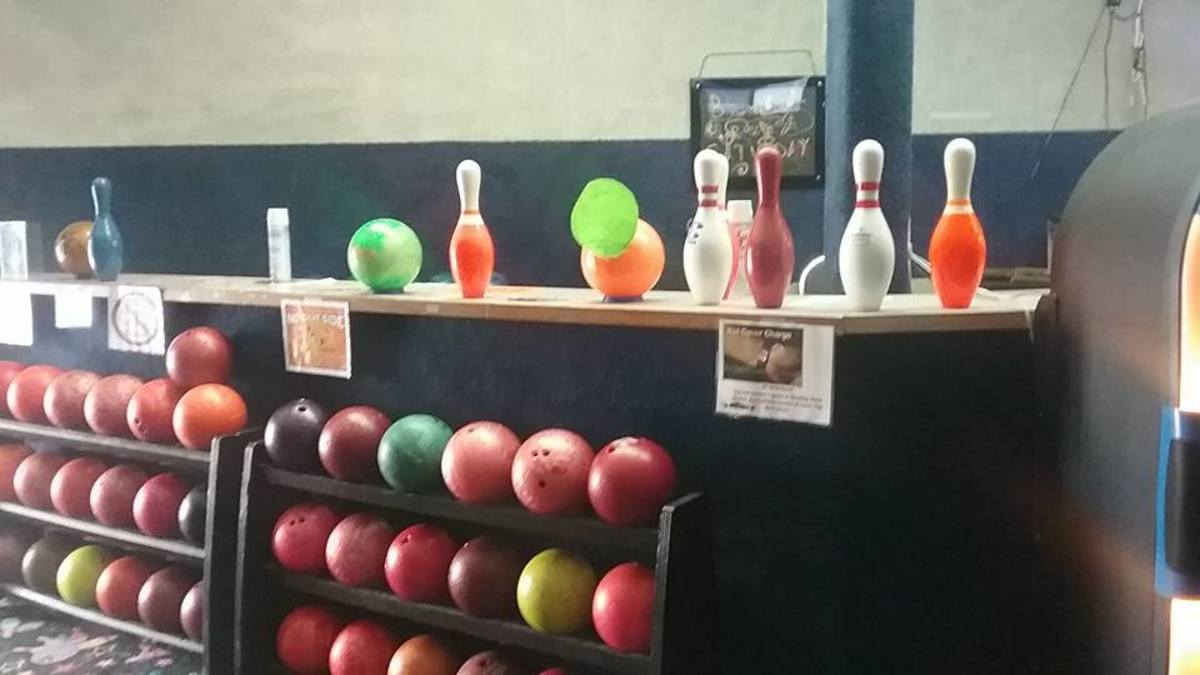 Strike-a-Lot Lanes in Poteau, Oklahoma