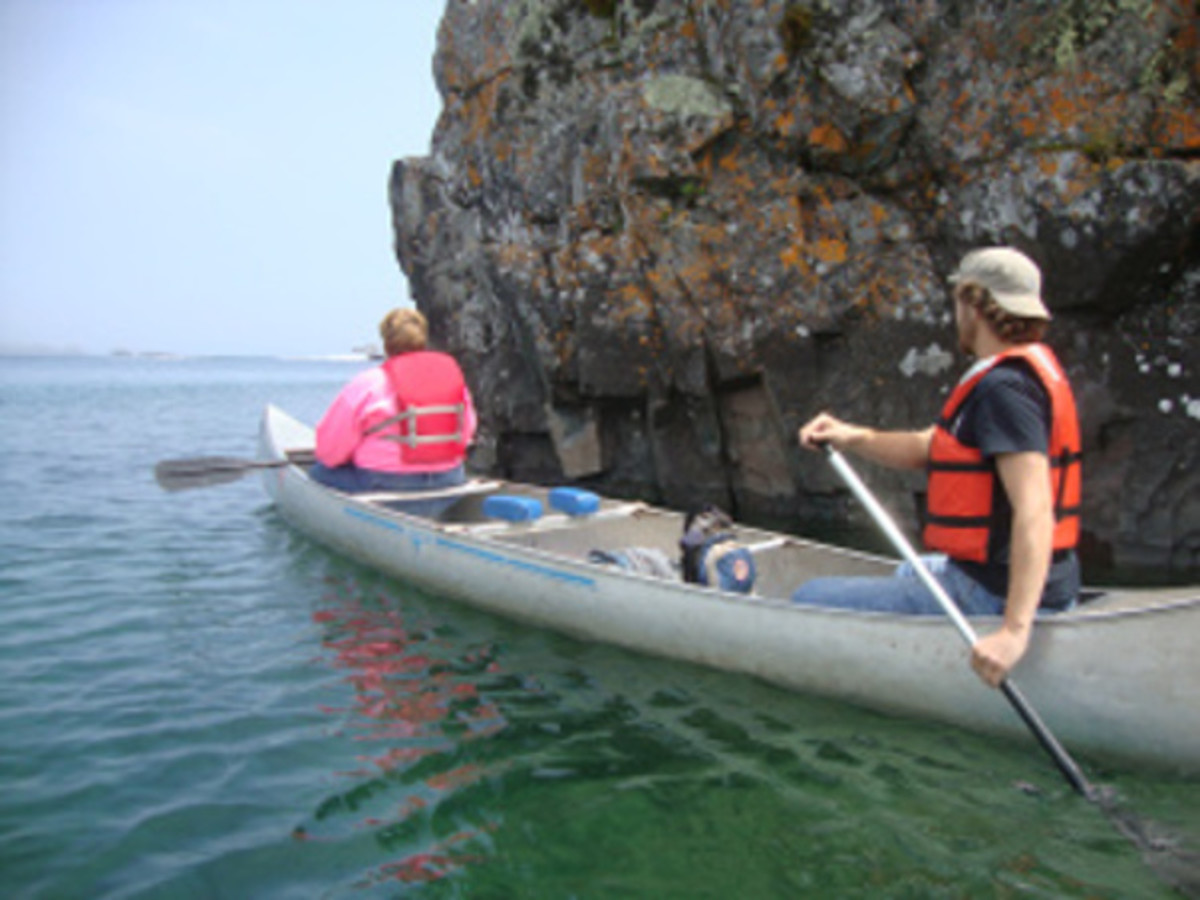 Paddle Around Rock Harbor