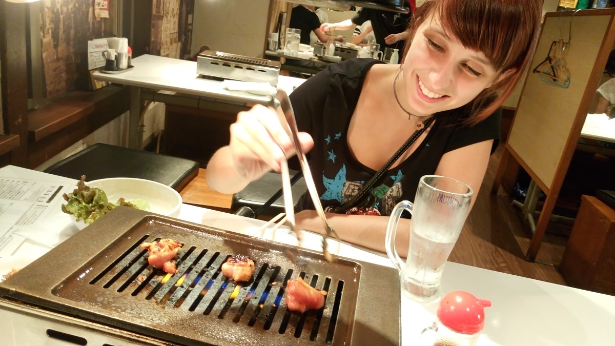 Dining out at Ikebukuro's yakiniku restaurant