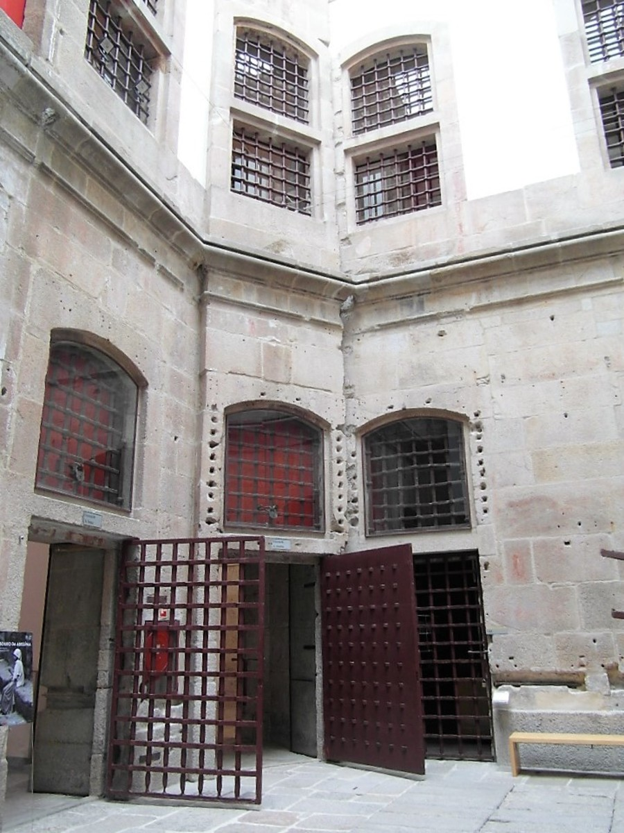 Inside Centro Portugues de Fotografia.