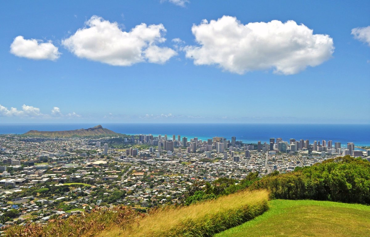 View of Honolulu and Diamond Head from Tantalus Lookout.