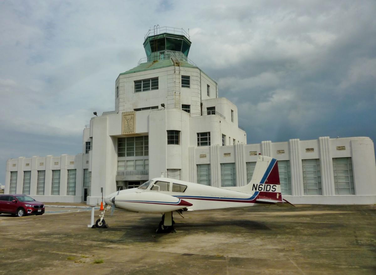 1940 Air Terminal exterior