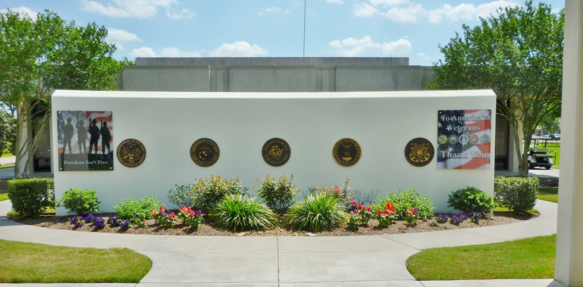 Army, Navy, Marines, Air Force & Coast Guard Medallions at Houston National Cemetery