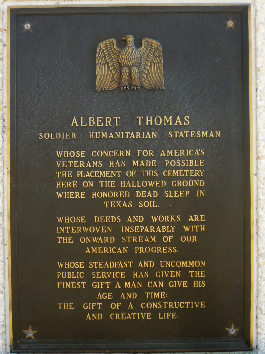Plaque affixed to the Hemicycle honoring Congressman Albert Thomas.